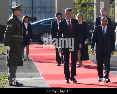 Prague, Czech Republic. 17th Apr, 2019. Czech Prime Minister Andrej Babis (centre) meets Vietnamese Prime Minister Nguyen Xuan Phuc (right) in Prague, Czech Republic, April 17, 2019. Credit: Michal Krumphanzl/CTK Photo/Alamy Live News - Stock Image