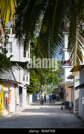 Maldives lifestyle - street view, Rasdhoo island, Rasdhoo atoll, the Maldives Asia - Stock Image