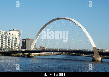The Clyde Arc (known locally as the Squinty Bridge), is a road bridge spanning the River Clyde in Glasgow, Scotland - Stock Image