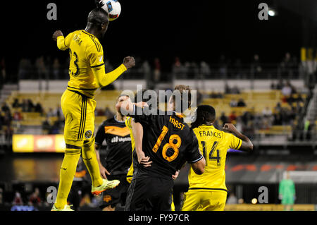 Mapfre stadium, USA. 23rd April, 2016. .Columbus Crew SC forward Kei Kamara (23) heads the ball in the second half - Stock Image