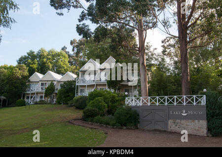 Luxury resort accommodation at the Lake House in the 19th century spa country town of Daylesford, Victoria, Australia - Stock Image