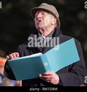 Professor Viv Thomas re-enacting the speech given by Joseph Arch at the centenary celebrations. - Stock Image