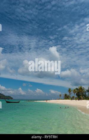 Beautiful sky and water on Ko Lipe beach, Thailand - Stock Image
