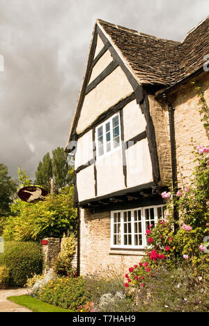 The Old Swan Inn at Minster Lovell Cotswolds Oxfordshire - Stock Image