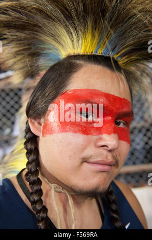 Palmas, Brazil. 27th Oct, 2015. A Native American contestant from the USA wears red face paint during the International - Stock Image