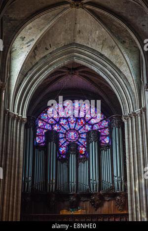 Pipe organ at Notre Dame, Paris, France - Stock Image