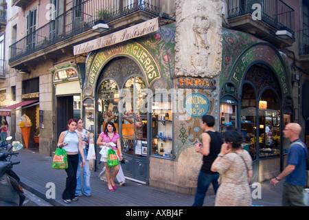 spain Barcelona Las Ramblas Art nouveau fassade Patisserie people - Stock Image
