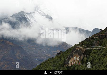 Kongde Ri mountain range in Nepal - Stock Image