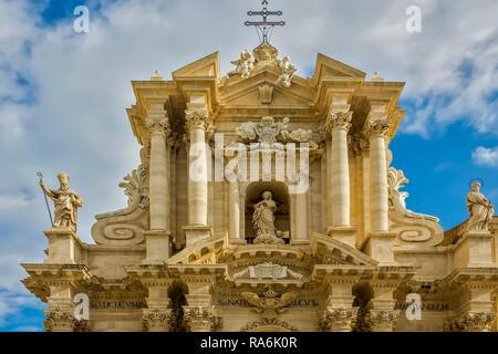 Cathedral of Syracuse, Ortygia Island, Syracuse, Sicily, Italy - Stock Image