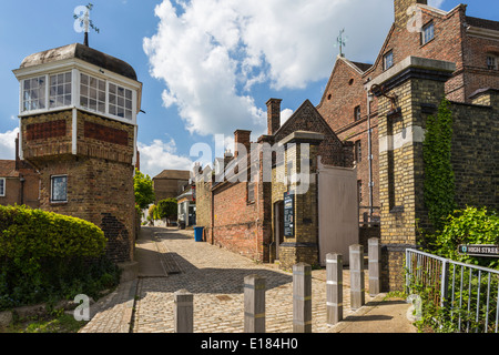 View of High Street in the Village of Upnor showing part of Upnor Castle - Stock Image