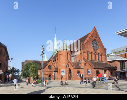 Christ Church and Jubilee Square in Woking, Surrey, south-east England on a sunny summer day - Stock Image