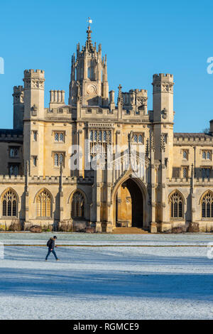 Cambridge, UK. 30th Jan, 2019. St John's College, Cambridge, after overnight snow, Cambridge, UK. 30th Jan, 2019. UK Weather Credit: Alan Copson City Pictures/Alamy Live News - Stock Image
