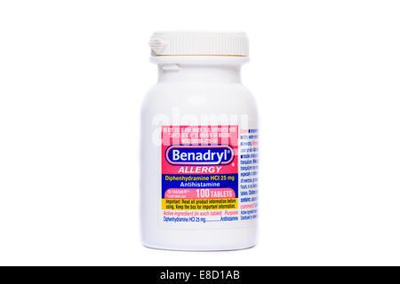 Benadryl bottle of antihistamine tablets - Stock Image