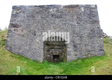 Tomphubil Limekiln near Tummel Bridge, Perthshire - Stock Image