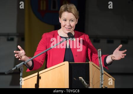 Ostritz, Germany. 22nd Mar, 2019. Federal Family Minister Franziska Giffey (SPD) gives a speech in a marquee at the 3rd Ostritzer Peace Festival. With this further peace festival, Ostritz wants to respond to a new meeting of neo-Nazis in the East Saxon city. Credit: Sebastian Kahnert/dpa-Zentralbild/dpa/Alamy Live News - Stock Image