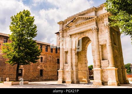 Arco dei Gavi at the Castelvecchio in Verona, Italy - Stock Image