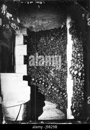 Nadar   Catacombes de Paris   NPS 57 - Stock Image
