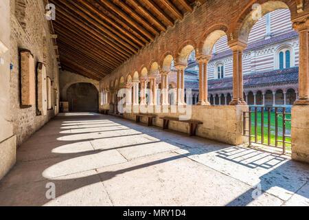 The cloister of st. Zeno Basilica. Verona, Veneto, Italy - Stock Image