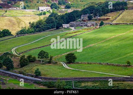Scar Top Road, Haworth, Keighley, West Yorkshire, alongside  Ponden Reservoir - Stock Image