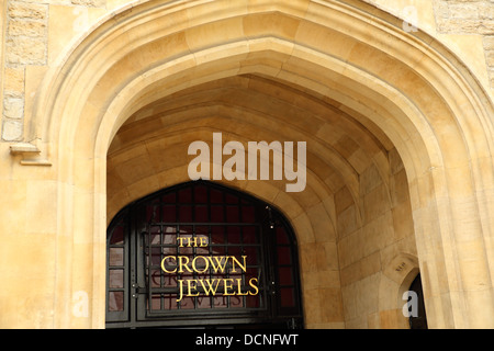Entrance to the Jewel House at the Tower of London where the Crown Jewels are on display, London England UK - Stock Image