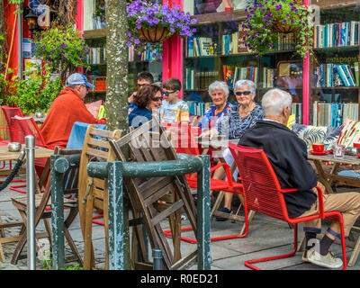 People Enjoying A Coffee Outside, Stavanger Norway - Stock Image