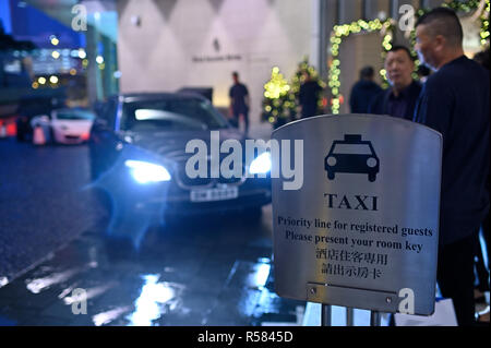 The taxi priority line for registered guests at the Four Seasons hotel, Hong Kong SAR - Stock Image