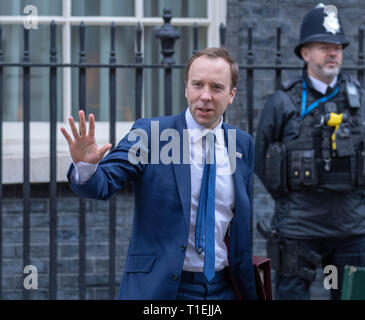 London 26th March 2019, Matt Hancock, MP PC, Health Secretary leaves a Cabinet meeting at 10 Downing Street, London Credit: Ian Davidson/Alamy Live News - Stock Image