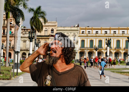 Che Guevara Double posing in Havanna Center near Capitol, Cuba - Stock Image
