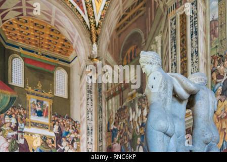 Interior of Piccolomini Library, Duomo di Siena (Siena Cathedral), Tuscany, Italy - Stock Image