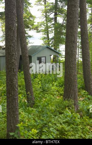 Rental Cabin at Migis Lodge Sebago Lake Maine - Stock Image