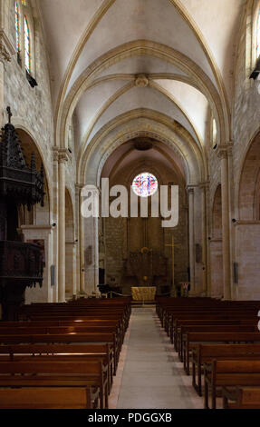 The interior and nave, Eglise St. Jacques, Bergerac old town, Bergerac Dordogne France Europe - Stock Image