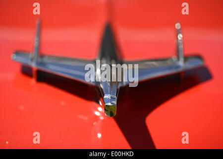 Floral Park, New York, U.S. 27th April, 2014. A red 1955 Chevrolet Bel Air with Nomad hood ornament is exhibited at the 35th Annual Antique Auto Show at Queens Farm. Credit:  Ann E Parry/Alamy Live News - Stock Image