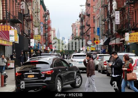 Chinatown street scene, Manhattan, New York, NY, USA - Stock Image