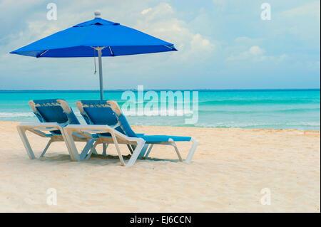Isla Mujeres Beach Shoreline - Stock Image