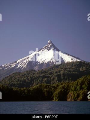 Chile, Lake District, Puntiagudo Volcano, Lake Todos los Santos, - Stock Image