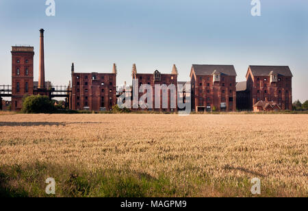 Bass Maltings in Sleaford, Lincolnshire, England, Grade II listed Victorian diisused malt houses in Sleaford, Lincolnshire, awaiting development - Stock Image