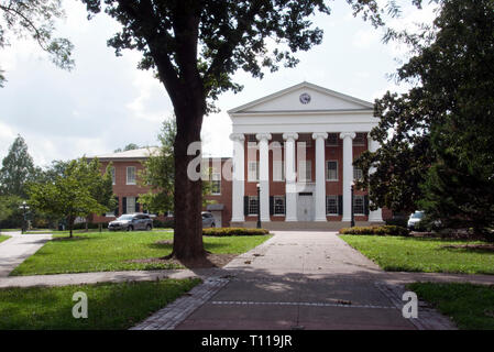 The Lyceum on the campus of the University of Mississippi (Ole Miss') in Oxford, Mississippi. - Stock Image