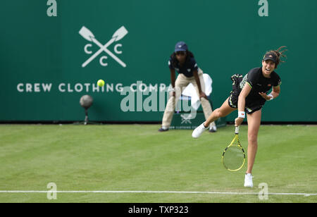 Eastbourne, UK. 25 June 2019 Great Britain's Johanna Konta serves during her match against  Maria Sakkari of Greece on day four of the Nature Valley International at Devonshire Park. Credit: James Boardman / TPI / Alamy Live News - Stock Image