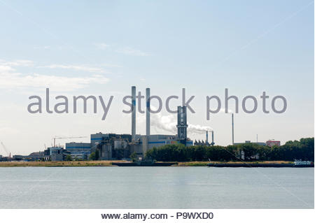 Botlek The Netherlands AVR-Industrial Waste BV afvalverkwerking, waste processing plant. - Stock Image