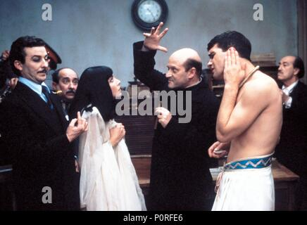 Original Film Title: LA CORTE DE FARAON.  English Title: THE COURT OF THE PHARAOH.  Film Director: JOSE LUIS GARCIA SANCHEZ.  Year: 1985.  Stars: AGUSTIN GONZALEZ; ANA BELEN; ANTONIO BANDERAS; JUAN DIEGO. Credit: LINCE FILMS SA/TELEVISION ESPAÑOLA (TVE) / Album - Stock Image