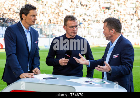 sports, football, Bundesliga, 2018/2019, Borussia Moenchengladbach vs RB Leipzig 1-2, Stadium Borussia Park, head coach Ralf Rangnick (RBL) mi. interviewed by Sky reporter Sebastian Hellmann le. and Sky expert Lothar Matthaeus, DFL REGULATIONS PROHIBIT ANY USE OF PHOTOGRAPHS AS IMAGE SEQUENCES AND/OR QUASI-VIDEO - Stock Image