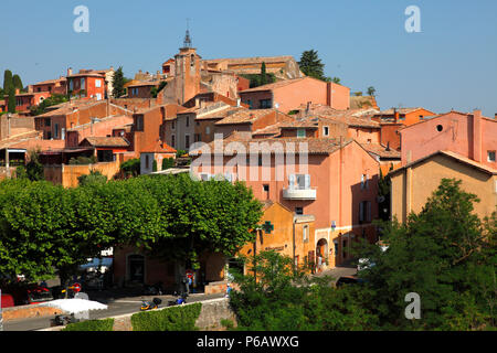 France, Provence Alpes Cote d'Azur, department of Vaucluse (84), Natural park of Luberon, Roussillon (most beautiful village of France) - Stock Image