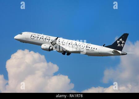 Barcelona, Spain - September 16, 2018: Air Dolomiti Embraer ERJ-195LR with Star Alliance Livery taking off from El Prat Airport in Barcelona, Spain. - Stock Image