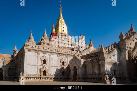 The newly rennovated Ananda Phaya Temple, Bagam Myanmar - Stock Image