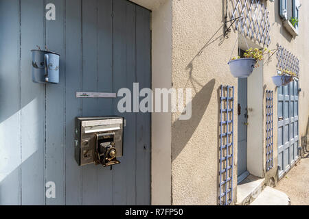 letter box with old camera, Provence, France - Stock Image