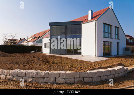 MODERN DETACHED HOUSE, NEW BUILDING, FAMILY HOME,  DWELLING HOUSE, RESIDENTIAL AREA, FELLBACH, BADEN-WURTTEMBERG, - Stock Image