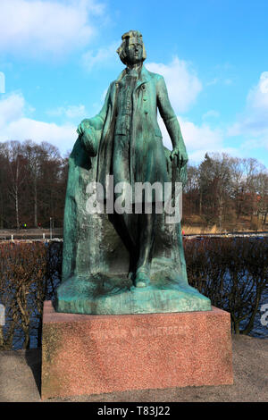 Statue of Gunnar Wennerber, Lusthusportens park, Stockholm City, Sweden, Europe - Stock Image