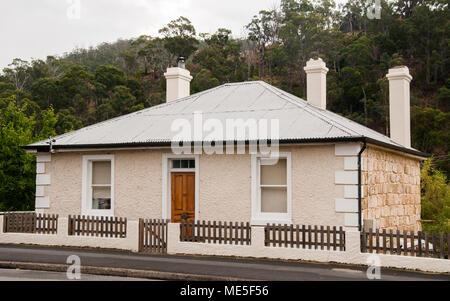 Colonial Georgian stone house in South Hobart, Tasmania, Australia - Stock Image