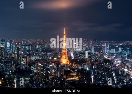 Tokyo at Nigh view of Tokyo tower, Tokyo city skyline, Tokyo Japan - Stock Image
