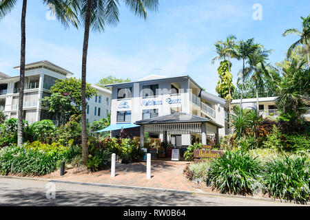 Melaleuca Resort on the foreshore of trendy Palm Cove, Cairns Northern Beaches, Far North Queensland, QLD, FNQ, Australia - Stock Image